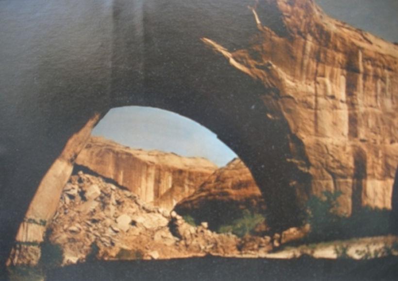 Lobo Arch Spans Coyote Gulch