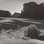 BW Tsegito Monument Valley Sunny Dunes